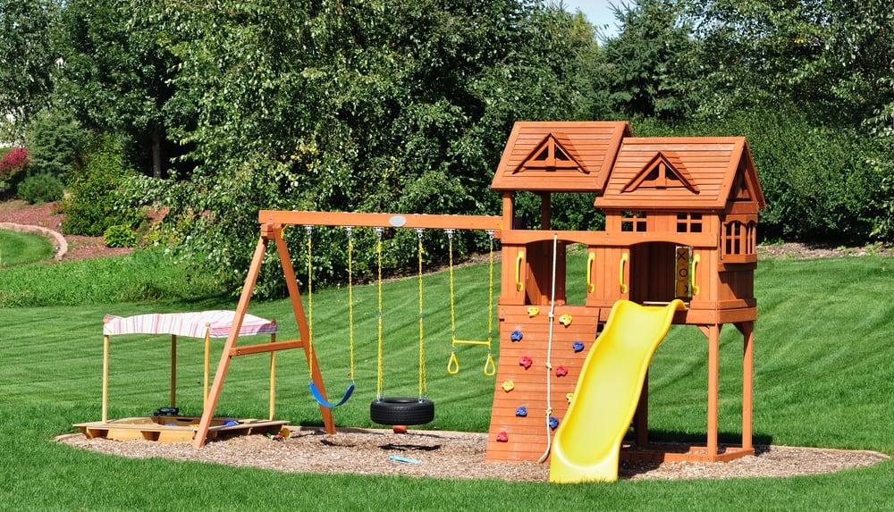 Flot 5 udendørs lege, som alle børn elsker at lege - Bedste5.dk IJ-18